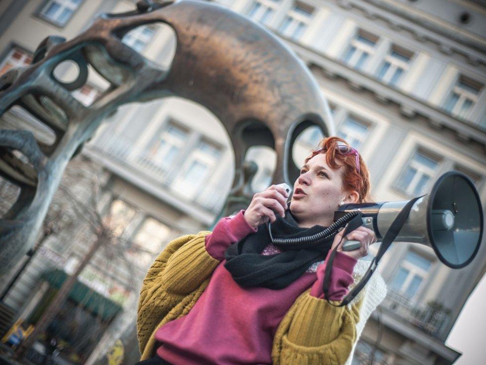 Praskněte své bubliny - nadšenci nejen z hradeckého kina Bio Central na Baťkově náměstí.