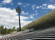 Návrh stadionu od ECE Projektmanagementu Praha, varianta se střechou