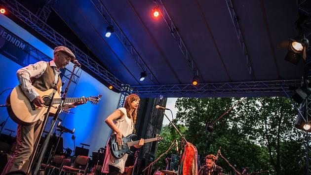 Festival Na jednom břehu v Hradci Králové.