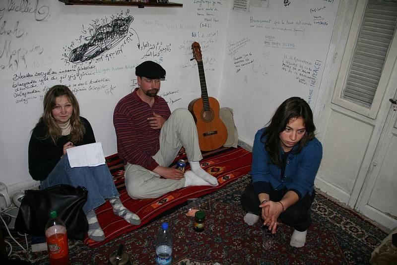 Z cest Daniela Potměšila v Turecku: Večer v Aleppu u Yahyi - večer z couchsurfery z New Yorku.