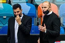 Velký šéf Vladimír Růžička (vlevo) povede do play off hokejisty Hradce Králové.