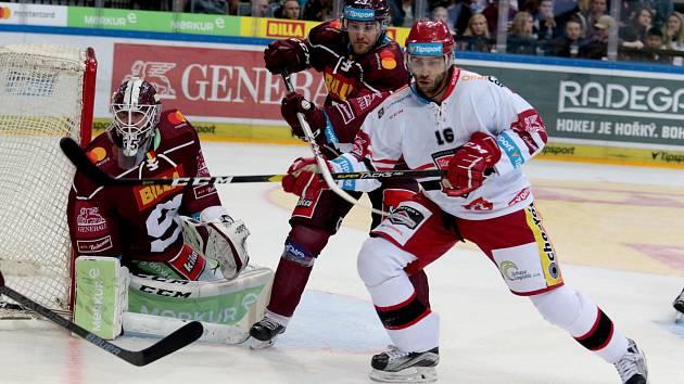 Z hokejového duelu Sparta - Hradec (4:0).