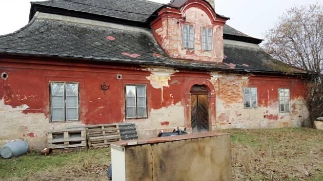 Červený dvůr v Hradci Králové.
