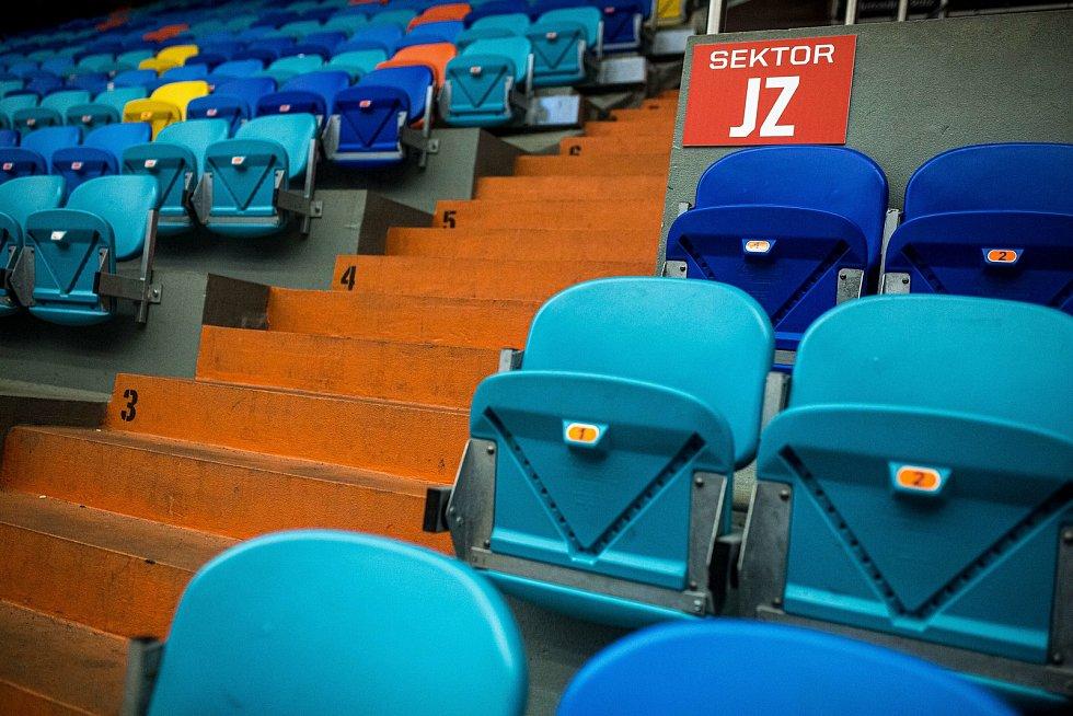 Předkolo play off hokejové extraligy: Mountfield HK - HC Verva Litvínov.