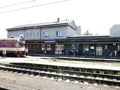 Železniční nádraží Chlumec nad Cidlinou.