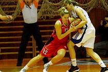 Ženská basketbalová liga: BK Czech Coal Aldast Strakonice - Sokol Hradec Králové.