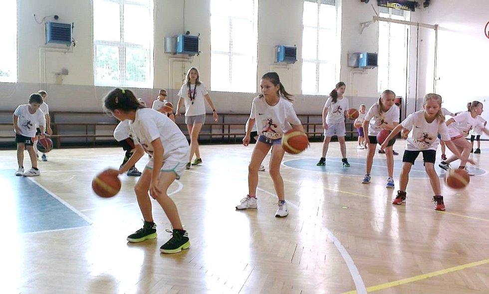 Basketbalový NEXT kemp v Hradci Králové.