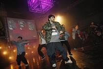 Soutěž Dance Floor Attack pořádaná hradeckou taneční skupinou T-Bass.