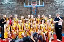 Basketbalistky TJ Sokol Hradec Králové U14.