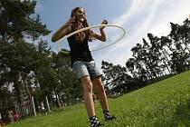 Olympiáda pro děti na hřišti v Roudničce v Hradci Králové.
