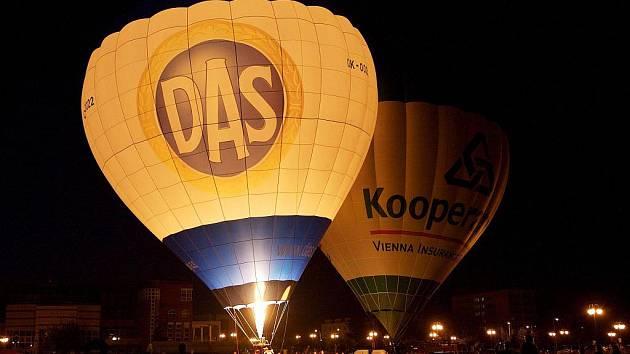 Balonové nebe v Hradci Králové, 31.července 2010.