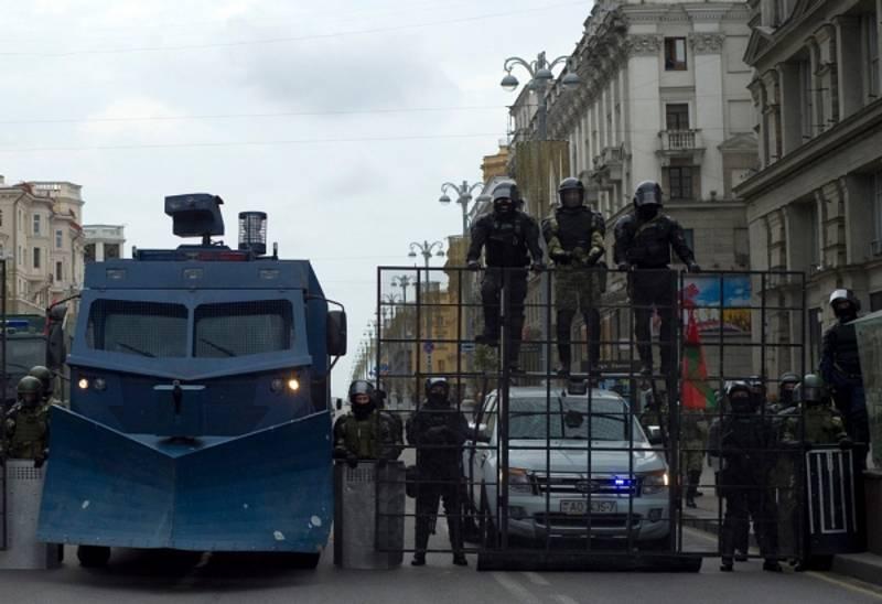 Paměť národa vyzývá EU: Zachraňte nezávislé v Bělorusku