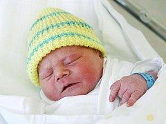 Filip Vokatý se narodil 28. června v 5.15 hodin. Měřil 51 centimetrů a vážil 3750 gramů. S maminkou Zuzanou Hrdinovou a tatínkem Petrem Vokatým žije    v Chlumci nad Cidlinou.