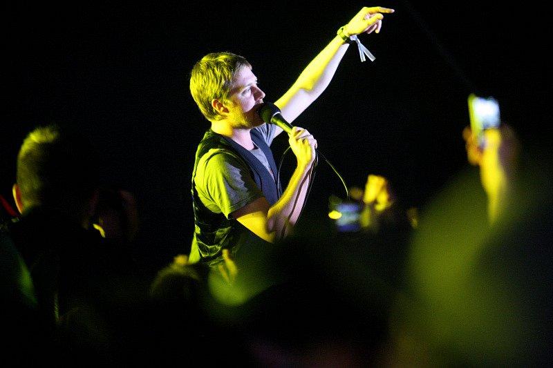 Rock for People v Hradci Králové. Britská kapela Kaiser Chiefs.