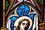 Katedrála svatého Ducha. Práce na její údržbě nikdy nekončí, peněz se vždy nedostává.