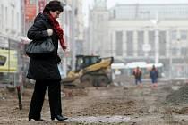 Oprava hradecké ulice S. K. Neumanna.