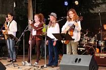 Open Dwoor - festival královéhradecké Základní umělecké školy Střezina.