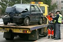 Autonehoda č.1: Jaká škoda na autě vznikla? Hlasujte v anketě.