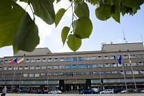 Budova bývalého Ředitelství státních drah, nyní sídlo krajské policie na Ulrichově náměstí v Hradci Králové.