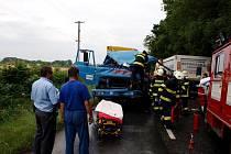 Dopravní nehoda nákladních automobilů v Kunčicích.