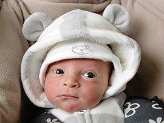 Jan Kajetán Ďatko se narodil 6. ledna ve 23.34 hodin. Měřil 51 centimetr a vážil 3400 gramů. S maminkou Ilonkou Moravcovou a tatínkem Rudolfem Ďatkem bydlí v Kuněticích.