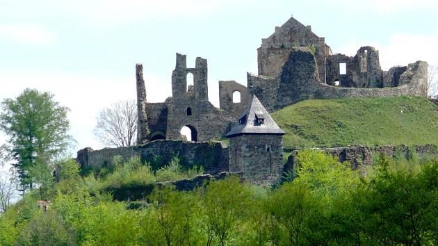 Zřícenina hradu Potštejna