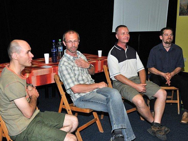 Na setkání záchranářů s ADROU 24. července vystoupili mj. David Hrdinka, Jindřich Černohorský, Miloš Krulich a Jaroslav Šedivý.