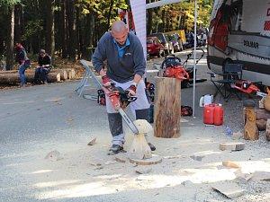 Den lesní techniky
