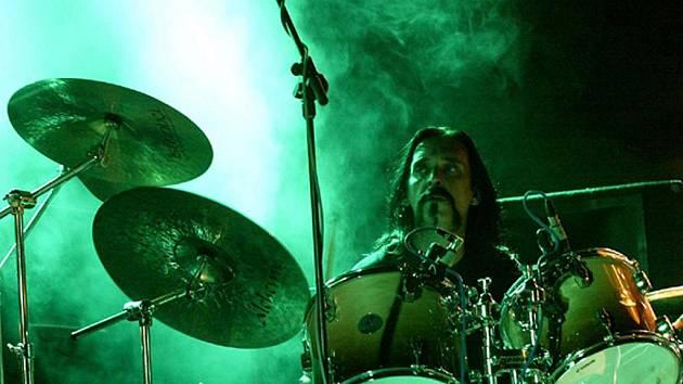 Festivalové publikum se může těšit na Jiřího George Hrubeše z kapely Airshift