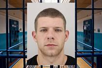 Policisté z Hradce Králové pátrají po uprchlém vězni