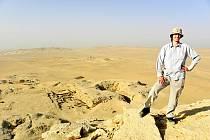 Archeolog Daniel Šichan na egyptské expedici.