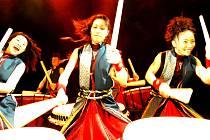 Japonský bubenický soubor Yamato.