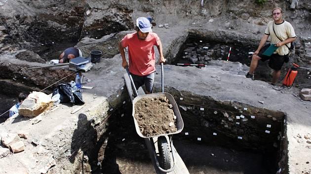 Archeologické výzkumy předcházejí každé stavbě v městské zástavbě
