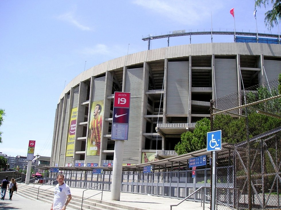 Sportovní redaktor Petr Tomeš navštívil duel španělské ligy FC Barcelona – Málaga.