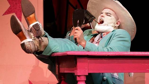 Předpremiéra divadelní hry NOC OŽIVLÝCH MRTVOL 19. února v hradeckém studiu Beseda.