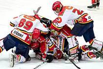 Nefalšovaná radost v podání hokejových starších dorostenců Hradce Králové.