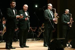 Orchestr Václava Hybše a solisté