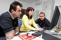 Pořadatelé letecké přehlídky CIAF Aleš Cabicar a Jaroslav Suk byli hosty on-line rozhovoru v Hradeckém deníku 2. září 2010.