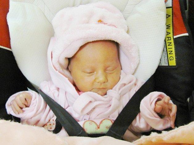 ELIŠKA WAGNEROVÁ  svým narozením potěšila rodiče Moniku a Martina Wagnerovi. Světlo světa poprvé spatřila 19.10. ve 04,39 hodin s váhou  2430 g  a délkou 45 cm.