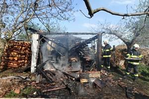 Požár kůlny v nechanické části Suchá.