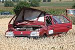 K dopravní nehodě osobního vozu Škody Forman došlo mezi obcemi Černilov a Librantice na Královehradecku.