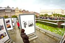Oslavy výročí vzniku samostatného československého státu na hradeckém Masarykově náměstí.