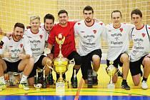 Vítězný tým turnaje - Game for people.