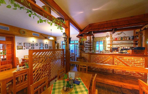 HOTEL CHATA POLANKA - Nové Hrady