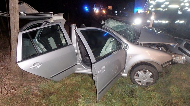 Osudná nehoda kamionu a osobního vozidla uHolohlav.
