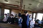 Staré vlakové nádraží v Sendražicích se stalo dějištěm části amatérského filmu z válečných dob Andělé na kolejích.