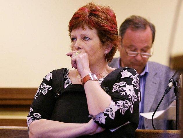 Hana Háková se na podvodu se závětí nepodílela, rozhodl v úterý 20. dubna 2010 krajský soud.