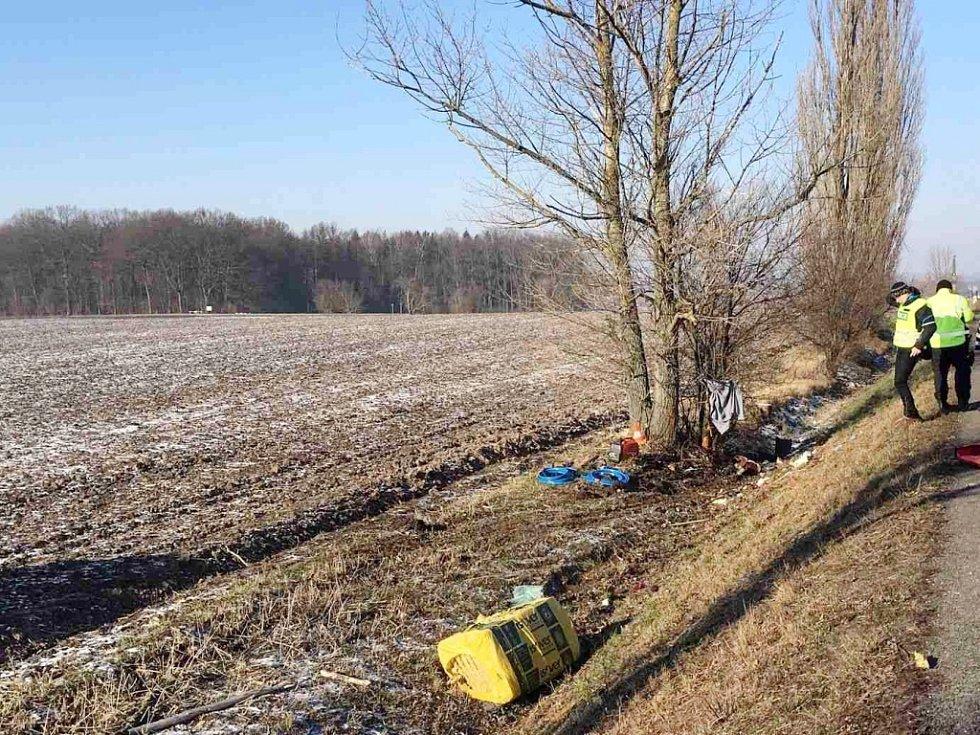 Smrtelná havárie dodávky u Lípy na Hradecku.