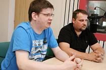 Autoři internetového filmu Seznam se bezpečně 2 Martin Kožíšek a Václav Písecký byli hosty diskusního pořadu PéHá, který vysílá Český rozhlas Hradec Králové.