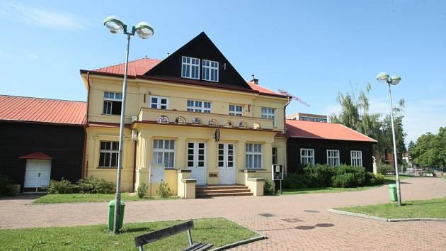 Hradecké divadlo Drak